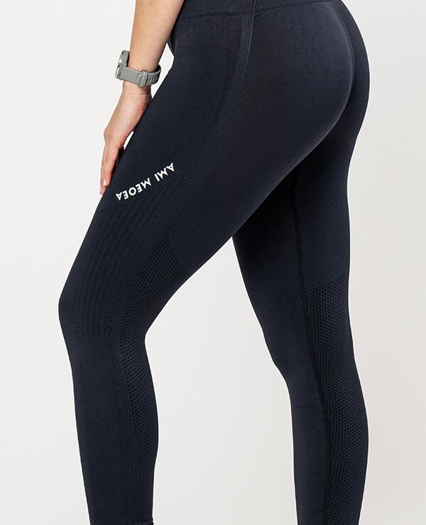 sportne-pajkice-Isabela-zadaj-leona-squat-proof-ami-model-zoom