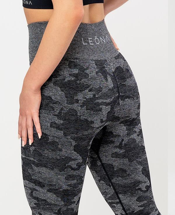 sportne-pajkice-Venera-profil-crne-2-zoom-leona-squat-proof