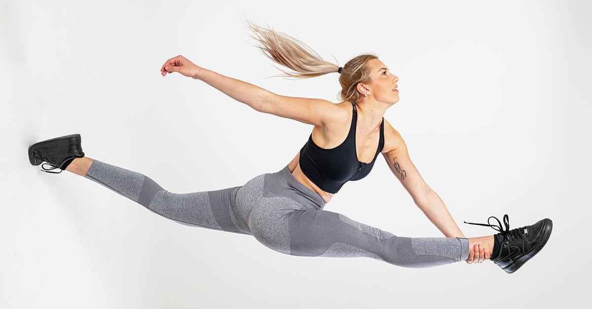 Fitnes pajkice in legice - test tipi postave Leona.